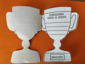 lirvrinho troféu para o dia dos pais